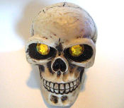 Skull Gear Shift Knob - Gem Gold Eyes